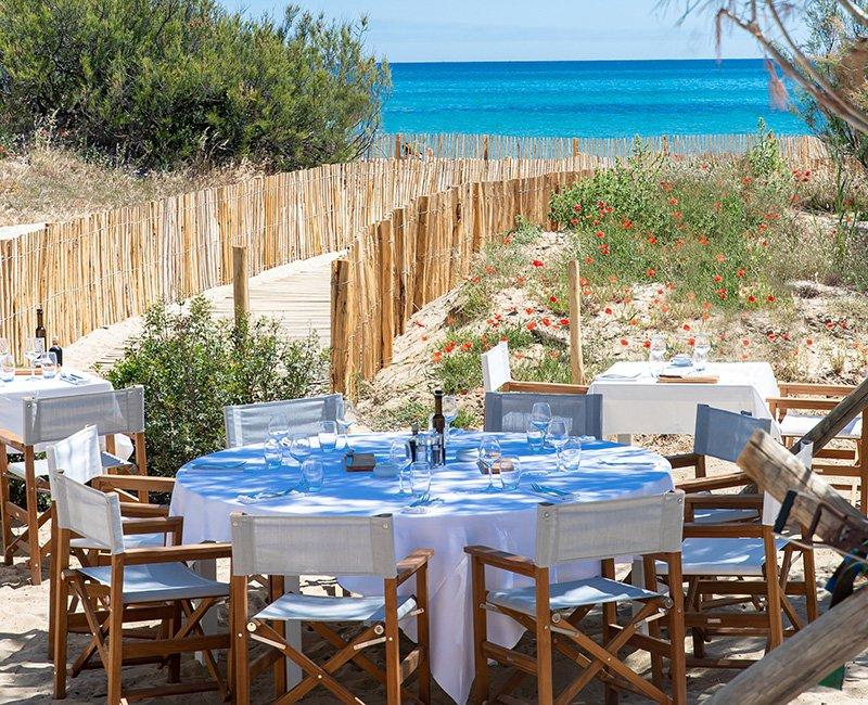 table-dans-l-eau-tropicana-la-plage
